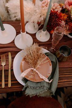 This saguaro national park east wedding inspo features all the colors of the desert sunset wedding dress inspiration elihav sasson Desert Sunset, Desert Life, Space Wedding, Wedding Reception, Reception Ideas, Wedding Table, Josephine, Wedding Venue Inspiration, Wedding Ideas