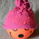 Pillangós sapka Lany, Crochet Hats, Beanie, Knitting, Fashion, Creative, Knitting Hats, Moda, Tricot