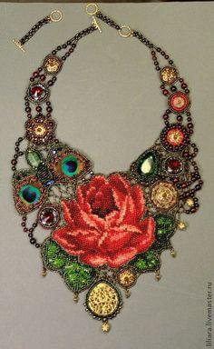 Bead embroidery with graph pattern bead work. Seed Bead Jewelry, Beaded Jewelry, Handmade Jewelry, Jewellery, Bead Embroidery Jewelry, Beaded Embroidery, Loom Beading, Beading Patterns, Beaded Collar