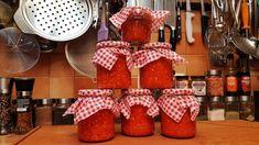 Csípős paprika krém/ Szoky konyhája/ Hungarian Cuisine, Ketchup, Gingerbread Cookies, Pickles, Strawberry, Fruit, Desserts, Youtube, Food