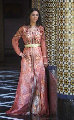 haute-couture-caftan-marocain-2015.jpg (589×960)