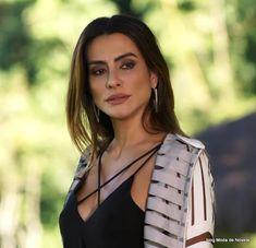 2b63f66c6 4 fotos do look da Tamara dia 26 de julho na novela Haja Coração | Moda de  Novela