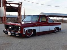 Hot Wheels - Awesome Chevrolet via , hard not to like a clean squarebody! Bagged Trucks, Lowered Trucks, C10 Trucks, Pickup Trucks, Gmc Pickup, Custom Chevy Trucks, C10 Chevy Truck, Classic Chevy Trucks, Chevrolet Trucks