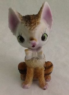 Japan Textured Tiger Kitten Cat Figurine Bow Sugar Spaghetti Porcelain Kitschy
