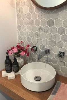 58 new ideas for bathroom grey walls honeycomb tile - bathroom Bathroom Grey, Laundry In Bathroom, Bathroom Layout, Bathroom Interior, Small Bathroom, Bathroom Ideas, Bathroom Marble, Budget Bathroom, Mirror Bathroom