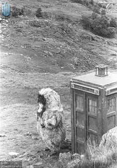 Old Doctor Who - ' The Snowmen ' - Doctor - 1966 to Doctor Who Season 5, Ice Warriors, William Hartnell, Blake Lively Style, Classic Doctor Who, Second Doctor, Scary Monsters, Police Box, Dalek
