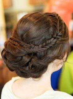Casamento - Penteados noiva e madrinhas