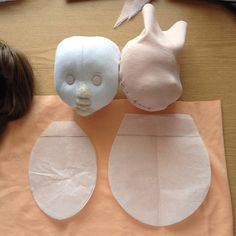 Утяжка лица текстильной куклы.
