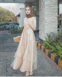 Dress Brokat Muslim, Dress Brokat Modern, Kebaya Muslim, Muslim Dress, Dress Brukat, Kebaya Dress, Dress Pesta, Dress Outfits, Dresses