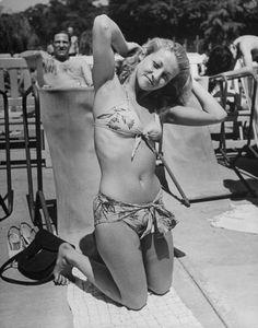 Mejores En Bikinis De Imágenes 2019Moda Las 194050 Vintage 79 wPn0kO