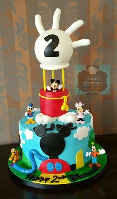Mickey's Clubhouse cake Bolo Do Mickey Mouse, Mickey And Minnie Cake, Mickey Mouse Birthday Cake, Fiesta Mickey Mouse, Mickey Mouse Cupcakes, Mickey Mouse Clubhouse Birthday Party, Mickey Cakes, Mickey Party, Gateau Theme Mickey