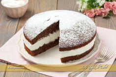 Bild: Torta nutella wafer e amaretto, morbida e delicata Cake Recipes, Dessert Recipes, Desserts, Italian Sponge Cake, Cake & Co, Dessert Drinks, Love Cake, Something Sweet, Christmas Baking