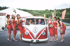 Love this gorgeous red vw splitscreen from cornwall vw wedding hire Sports Wedding, Wedding Hire, Wedding Show, Wedding Themes, Wedding Ideas, Reception Seating Chart, Seating Charts, Festival Themed Wedding, Eden Project