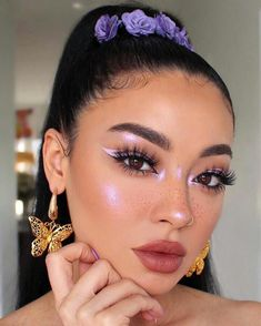 Shared by ima sweet dreamer. Find images and videos about girl, aesthetic and makeup on We Heart It - the app to get lost in what you love. Glam Makeup, Cute Makeup, Pretty Makeup, Skin Makeup, Eyeshadow Makeup, Makeup Art, Beauty Makeup, Sweet Makeup, Makeup Trends