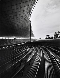 Sidney Myer Music Bowl by Barry Patten/ Yuncken Freeman. Melbourne, Australia 1959.  Photograph by Wolfgang Sievers.