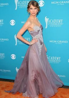 Taylor Swift at Academy of Country Music Awards 2010