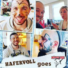 Gestern haben wir uns auf die Heimspiel Promotion bei dem 1.Liga Team der Kölner Haie vorbereitet. Heute geht es dann zum Spiel gg die Schwenninger Wild Wings und HAFERVOLL ist als offizieller Ernährungspartner voll dabei  #Kölnerhaie #kec #eishockey #del #köln #lanxessarena #sport #hafervoll #flapjack #raw