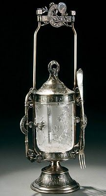 Late Victorian sterling silver and glass pickle castor. If they could see our pickle jars now. Vintage Silver, Antique Silver, Vintage Antiques, Vintage Items, Antique Glassware, Victorian Decor, Victorian Era, Objet D'art, Or Antique