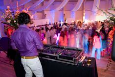 Get the unlimited soundtrack at affordable prices! Book Melbourne Dj Hire in just one click.