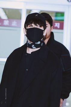 ][171217] Jungkook @ Gimpo Airport / KIX