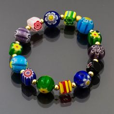 Bracciale con murrine millefiori in vetro di Murano. Bracelet with Murano glass beads, handmade, stylish and original jewelry with bright colors. Handmade Jewelry Bracelets, Glass Jewelry, Jewellery, Murano Glass Beads, Item Number, Bright Colors, Beautiful, Stylish, Diy
