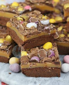 Mini Easter Cheesecakes! - Jane's Patisserie Shortbread, Cheesecake Recipes, Dessert Recipes, Egg Desserts, Traybake Cake, Janes Patisserie, Toffee Cake, Easter Treats, Easter Food