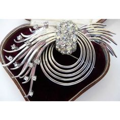 vintage Pennino sterling silver rhinestone pin brooch clip earrings... ($335) ❤ liked on Polyvore featuring jewelry, rhinestone jewelry, star jewelry, sterling silver jewellery, vintage rhinestone jewelry and sterling silver jewelry