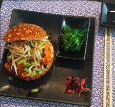 SELF MADE PICTURE - BRUSSEL TAKUMI GYOZA & BURGERS ASIAN FOOD BELGIUM