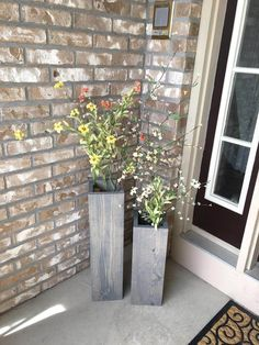 Squared Off and Spun Traditional Wooden Porch Planters Large Floor Vase, Floor Vases, Porch Vases, Summer Porch Decor, Reclaimed Wood Floors, Wooden Vase, Wooden Flowers, Rustic Farmhouse Decor, Rustic Charm