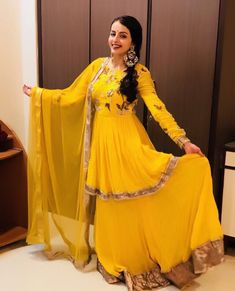 Image may contain: 1 person Dress Indian Style, Indian Dresses, Indian Outfits, Pakistani Bridal Dresses, Indian Bridal Wear, Indian Wear, Wedding Dresses, Designer Anarkali Dresses, Designer Dresses