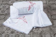Σετ λαδόπανα της Lina Baby με φλαμίνγκο για κορίτσια, annassecret, Χειροποιητες μπομπονιερες γαμου, Χειροποιητες μπομπονιερες βαπτισης Christening, Flamingo, Peplum, Tops, Women, Fashion, Flamingo Bird, Moda, Women's