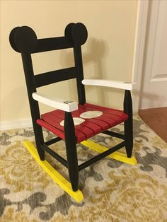 Painted Kids Chairs, Painted Rocking Chairs, Childrens Rocking Chairs, Mickey Craft, Mickey Mouse Crafts, Disney Crafts, Mickey Mouse Chair, Mickey Mouse House, Patterned Furniture