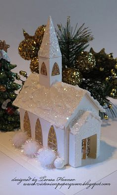 Victorian Paper Queen: A little Christmas Church . Christmas Village Display, Christmas Village Houses, Cool Christmas Trees, Putz Houses, Christmas Mantels, Christmas Villages, Little Christmas, Christmas Home, Christmas Crafts