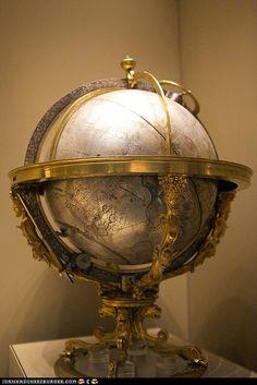 Globe    http://stores.ebay.com/SANDTIQUE-Rare-Prints
