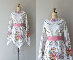 Lovely vintage 70's floral embroidered linen and lace  Bohemian style top/dress