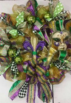 Items similar to Super Large Mardi Gras Wreath with fleur de lis and Lady Mardi Gras Mask on Etsy Mobile Mardi Gras, Mardi Gras Wreath, Holiday Parties, Holiday Decor, Christmas Wreaths, Decorations, Holidays, Halloween, Creative