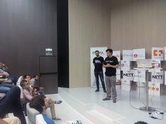 .@albertotalegon explicando Tensorflow, las herramientas de Google para identificar imágenes #EnsaladaSEO