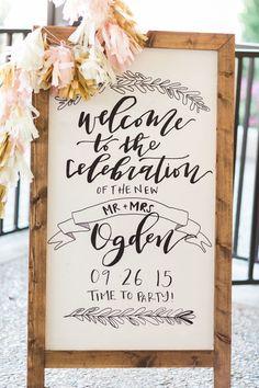 We love this decor from Clara and Andy's Classic Country Club Wedding! Captured by Elisabeth Carol Photography #bridesofnorthtexas #weddingdecor