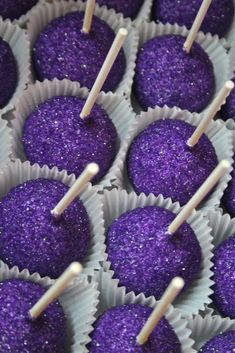 los angeles lakers cakepops   Lets Go LAKERS! A Custom Purple & Gold Candy Station & Dessert Buffet ...