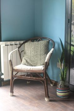 Silla recuperada de la calle y reciclada / Recicled chair - Mamy a la obra