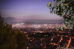 Η θέα της Αθήνας από το Λυκαβηττό Endless Love, Athens, My Eyes, Paris Skyline, Greece, Mountains, City, Nature, Travel
