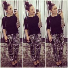 look tricô preto e calça pijama estampada (2)