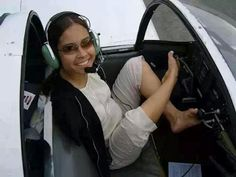Fil-Am Jessica Cox was born without arms but that didn't stop her from becoming a black belt, a scuba diver and the first ever armless PILOT!  #PinoyPride #Pinoy #Philippines #Pilipinas #FilAm #inspiration #inspiring