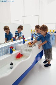 kids sink for craft clean up. Kids Sink, Early Childhood Centre, Kids Toilet, Kids Cafe, Kindergarten Design, Bathroom Kids, Kid Spaces, Kids Decor, Kids Playing
