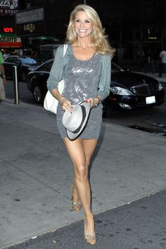 Holy Christie Brinkley! Looking AMAZING at 57. #So_fresh.