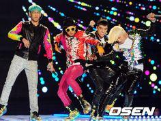 BIGBANG GD TOP DAESUNG SEUNGRI