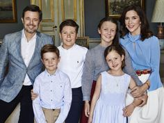 Royal portrait: Danish palace releases new photo of Prince Frederik, Princess Mary and kids