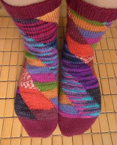 Ravelry: Tilt & Twist pattern by Jennifer Pattison. How fun!