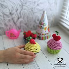 Crochet play food PATTERN Cupcakes with cream, cherry and strawberry