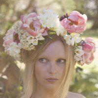 La couronne de fleurs de Ruban Collectif - Marie Claire Idées